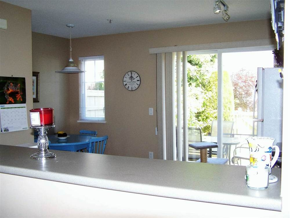 Photo 10: 24 20560 66 AVENUE in Langley: Home for sale : MLS(r) # R2066599