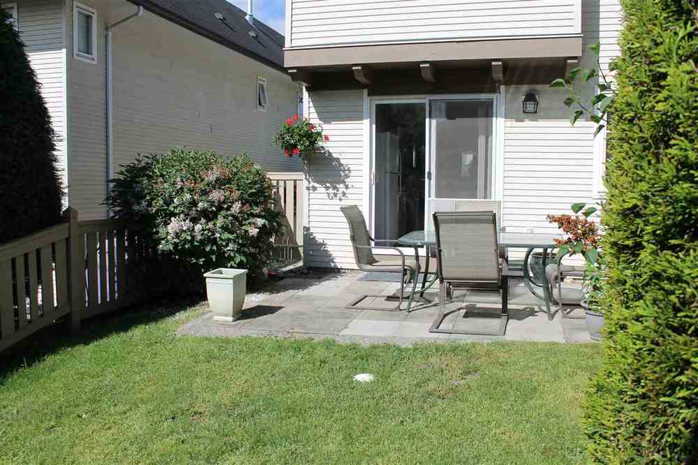 Photo 2: 24 20560 66 AVENUE in Langley: Home for sale : MLS(r) # R2066599