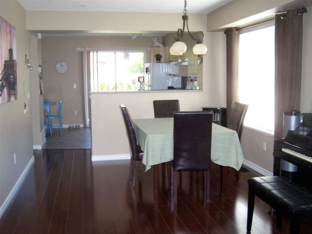 Photo 3: 24 20560 66 AVENUE in Langley: Home for sale : MLS(r) # R2066599