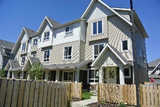 Main Photo: 44 13003 132 Avenue NW in Edmonton: Zone 01 Townhouse for sale : MLS® # E4071196