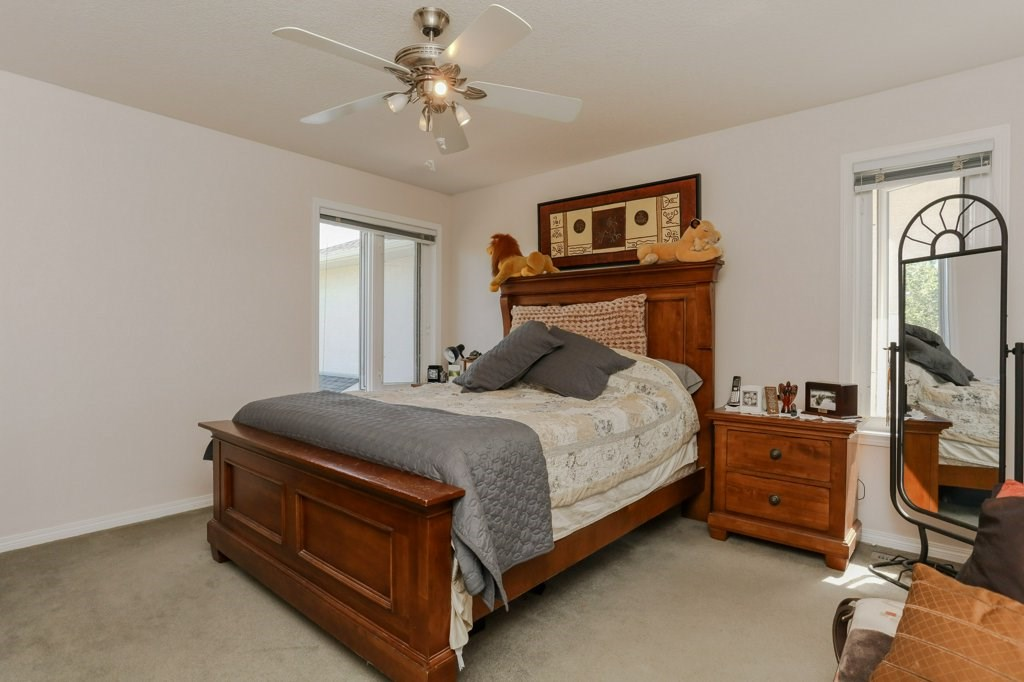 Photo 15: 657 SILVER BERRY Road in Edmonton: Zone 30 House for sale : MLS(r) # E4072951