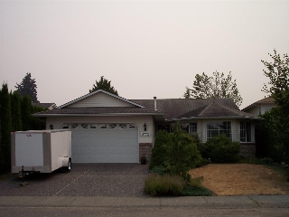 Main Photo: 5772 MANCHESTER Place in Sardis: Vedder S Watson-Promontory House for sale : MLS® # R2195207