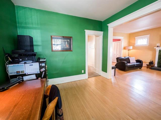 Photo 10: 9929 88 Avenue NW in Edmonton: Zone 15 House for sale : MLS® # E4067358