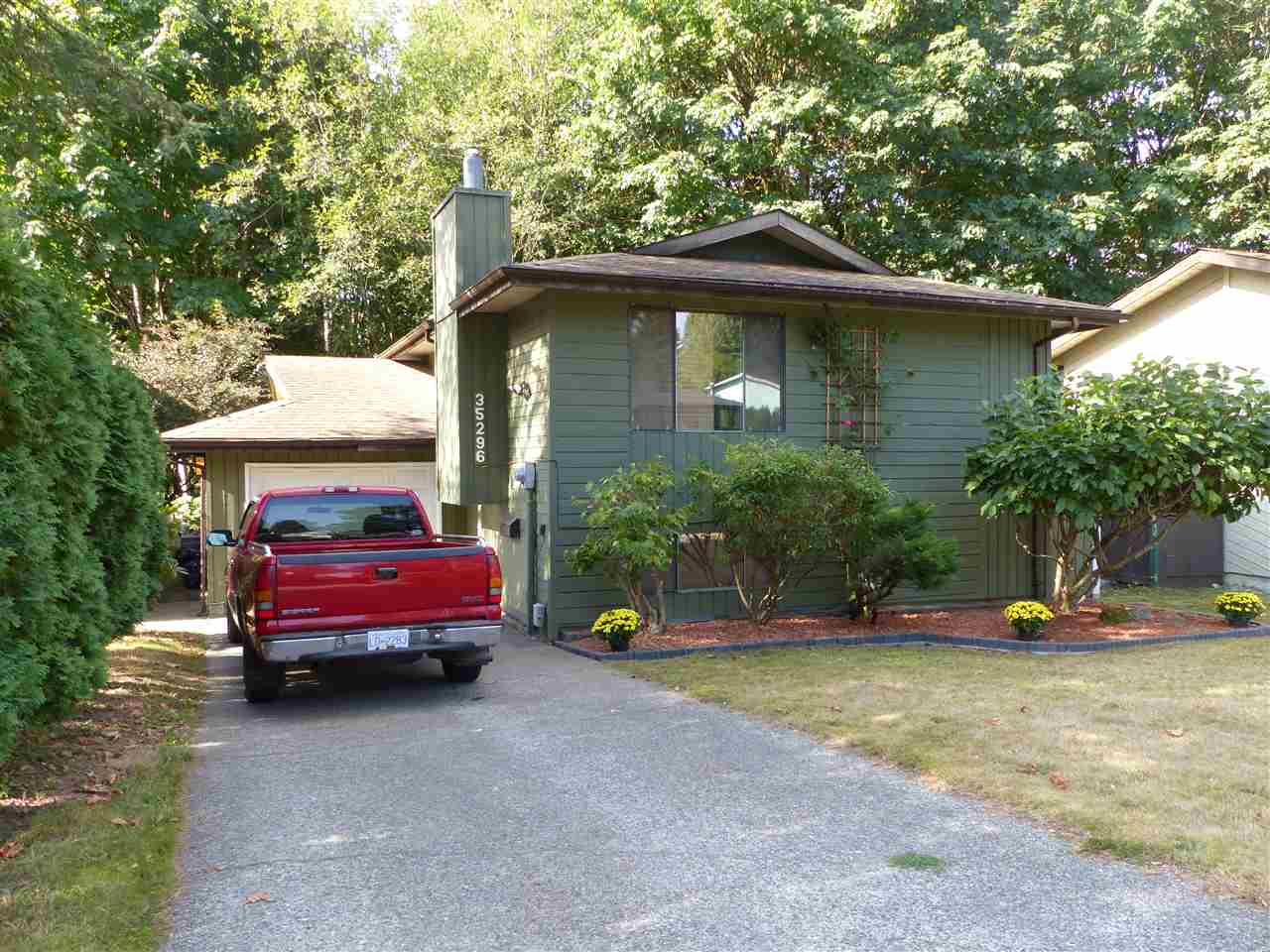 "Photo 20: Photos: 35296 SELKIRK Avenue in Abbotsford: Abbotsford East House for sale in ""Selkirk East"" : MLS® # R2205634"