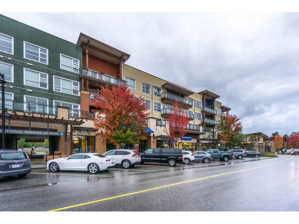 "Main Photo: 217 20728 WILLOUGHBY TOWN Centre in Langley: Willoughby Heights Condo for sale in ""KENSINGTON"" : MLS®# R2214439"