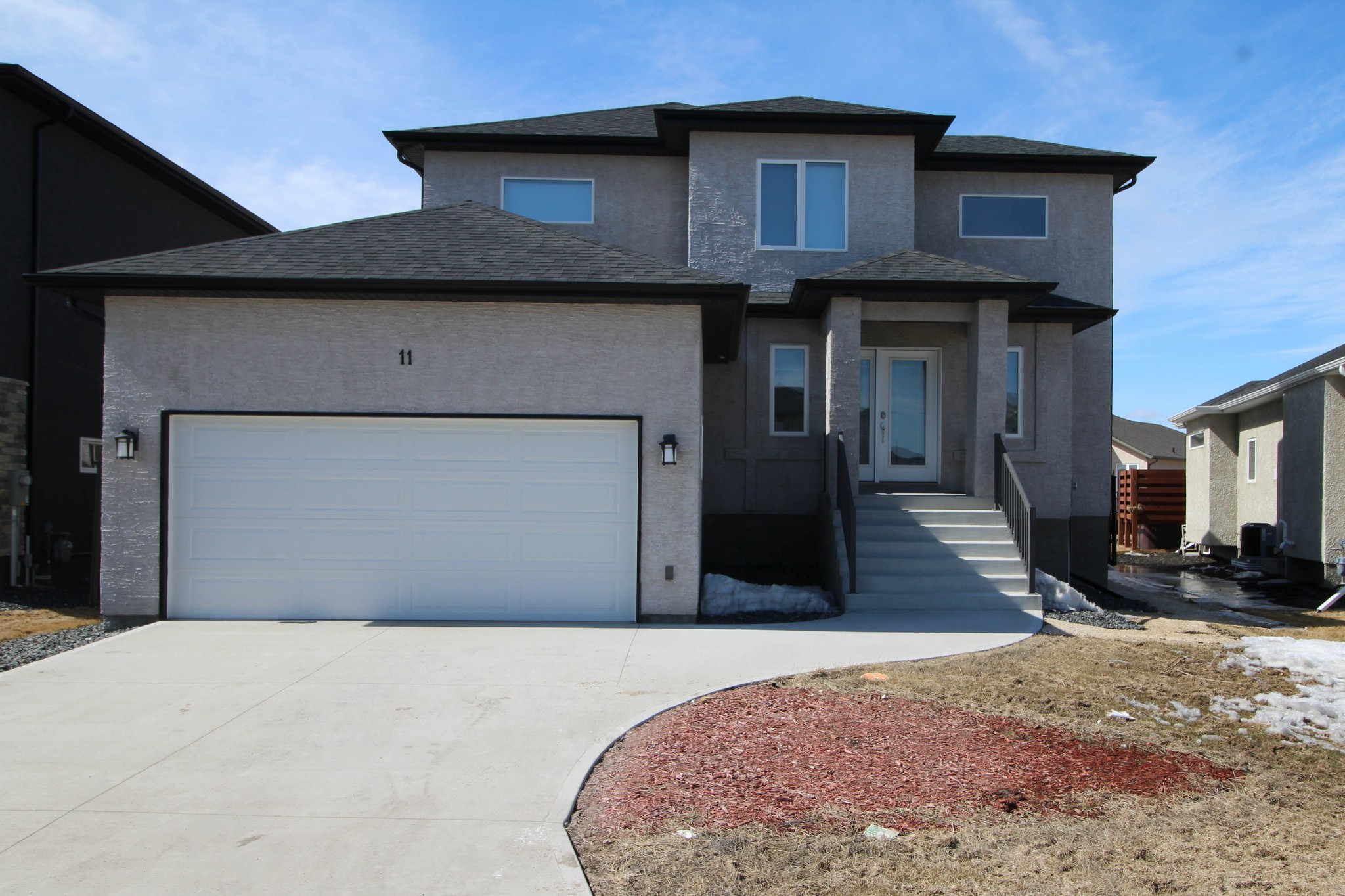 Main Photo: 37 Lakebourne Place in Winnipeg: Amber Trails Single Family Detached for sale (4F)  : MLS®# 1808522