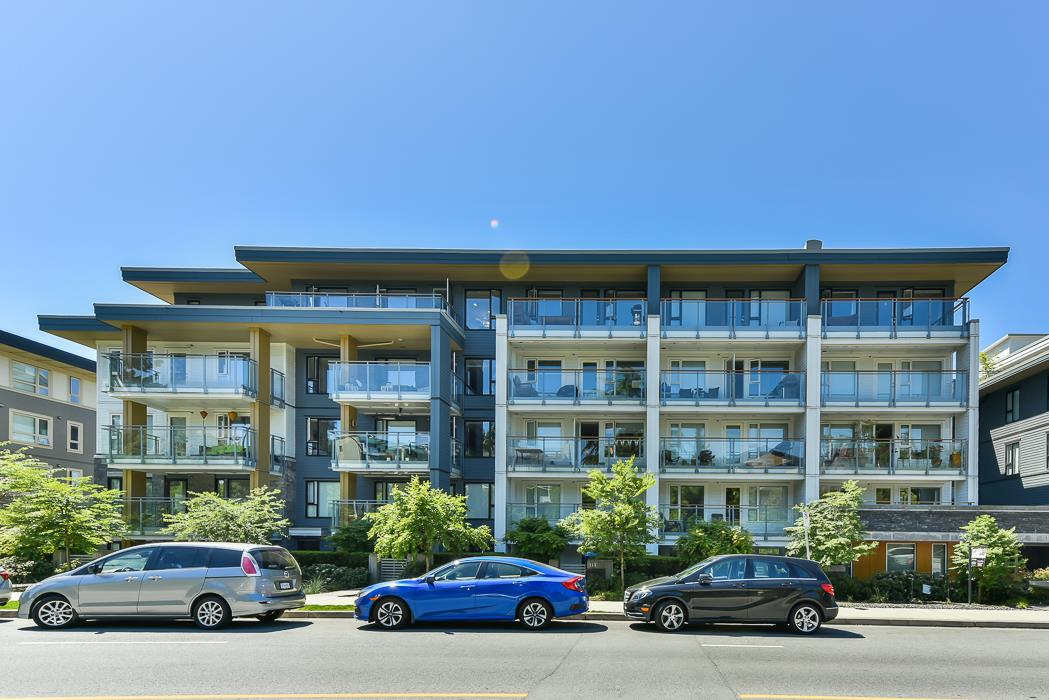 "Main Photo: 512 221 E 3RD Street in North Vancouver: Lower Lonsdale Condo for sale in ""ORIZON"" : MLS®# R2276103"