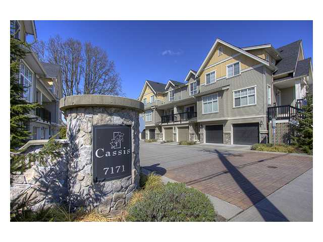 "Main Photo: 15 7171 STEVESTON Highway in Richmond: Broadmoor Townhouse for sale in ""CASSIS"" : MLS® # V885405"