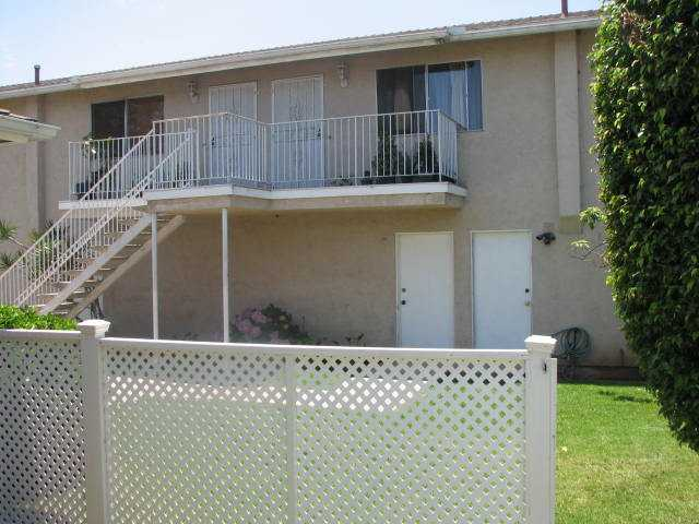 Photo 12: IMPERIAL BEACH Home for sale or rent : 2 bedrooms : 930 Ebony #A