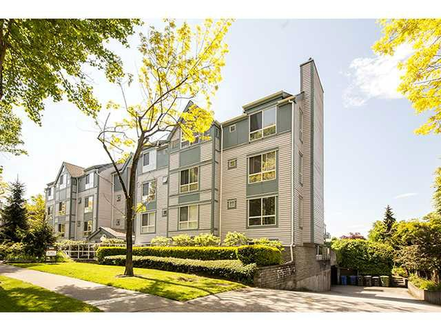"Main Photo: 306 7465 SANDBORNE Avenue in Burnaby: South Slope Condo for sale in ""SANDBORNE HILL"" (Burnaby South)  : MLS®# V1041124"