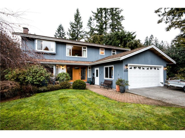 Main Photo: 4421 PATTERDALE Drive in North Vancouver: Capilano NV House for sale : MLS® # V1101516