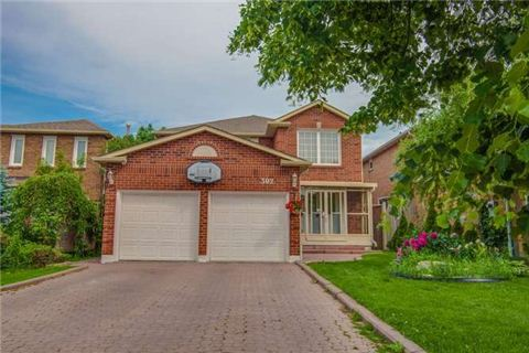 Main Photo: 302 Ojibway Trail in Mississauga: Hurontario House (2-Storey) for sale : MLS(r) # W3232097