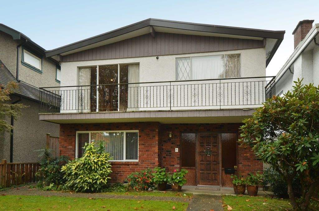 "Main Photo: 3436 W 19TH Avenue in Vancouver: Dunbar House for sale in ""Dunbar"" (Vancouver West)  : MLS® # R2009521"