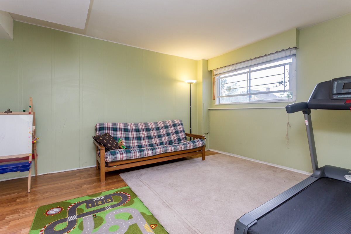 Photo 15: 4358 VICTORIA Drive in Vancouver: Victoria VE House for sale (Vancouver East)  : MLS® # R2037719