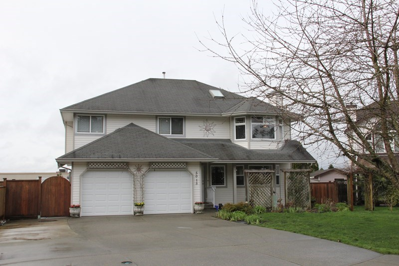 "Main Photo: 5015 218A Street in Langley: Murrayville House for sale in ""Murrayville"" : MLS® # R2045845"