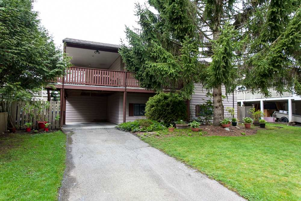 Main Photo: 6321 173A Street in Surrey: Cloverdale BC House for sale (Cloverdale)  : MLS®# R2054959