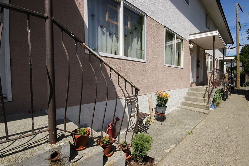Photo 9: 1957 E 3RD Avenue in Vancouver: Grandview VE Home for sale (Vancouver East)  : MLS® # R2069507