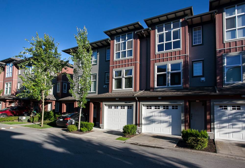 "Photo 17: 87 18777 68A Avenue in Surrey: Clayton Townhouse for sale in ""COMPASS"" (Cloverdale)  : MLS(r) # R2081023"