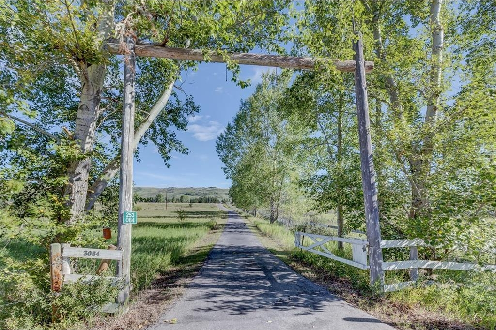 Photo 4: 3084 SPRINGBANK HEIGHTS Way in Rural Rocky View County: Rural Rocky View MD House for sale : MLS® # C4080035