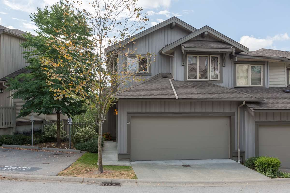 "Main Photo: 22 20326 68 Avenue in Langley: Willoughby Heights Townhouse for sale in ""Sunpointe"" : MLS® # R2108413"