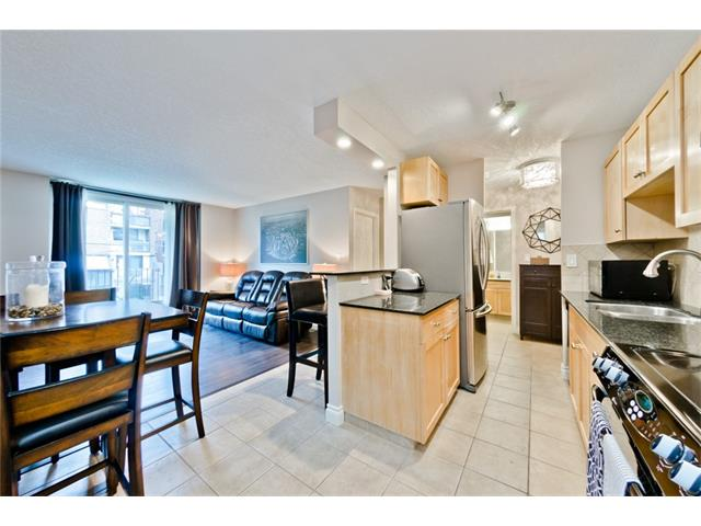 Main Photo: 303 823 19 Avenue SW in Calgary: Lower Mount Royal Condo for sale : MLS® # C4086296