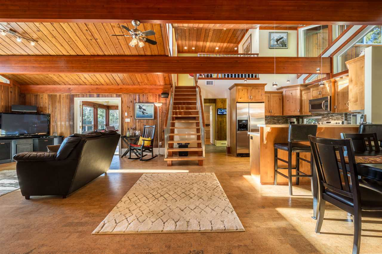 Photo 6: Photos: 1647 FIELD Road in Sechelt: Sechelt District House for sale (Sunshine Coast)  : MLS® # R2130745