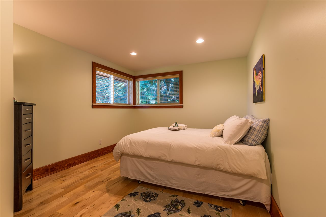 Photo 14: Photos: 1647 FIELD Road in Sechelt: Sechelt District House for sale (Sunshine Coast)  : MLS® # R2130745