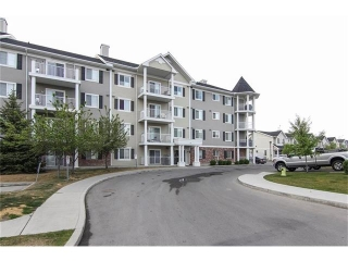 Main Photo: 5414 69 COUNTRY VILLAGE Manor NE in Calgary: Country Hills Village Condo for sale : MLS(r) # C4094207