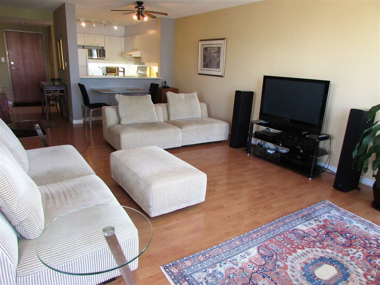 "Photo 5: 1207 10 LAGUNA Court in New Westminster: Quay Condo for sale in ""Laguna Landing"" : MLS® # R2140406"
