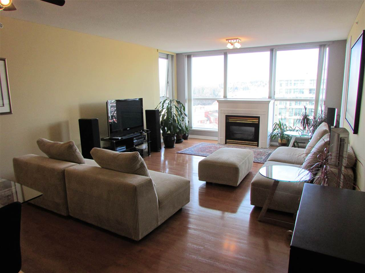 "Photo 3: 1207 10 LAGUNA Court in New Westminster: Quay Condo for sale in ""Laguna Landing"" : MLS® # R2140406"