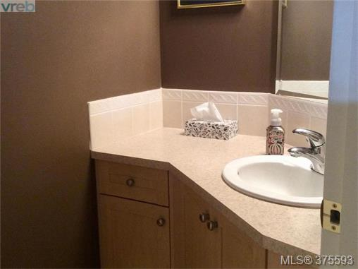 Photo 6: 26 172 Belmont Road in VICTORIA: Co Colwood Corners Townhouse for sale (Colwood)  : MLS® # 375593