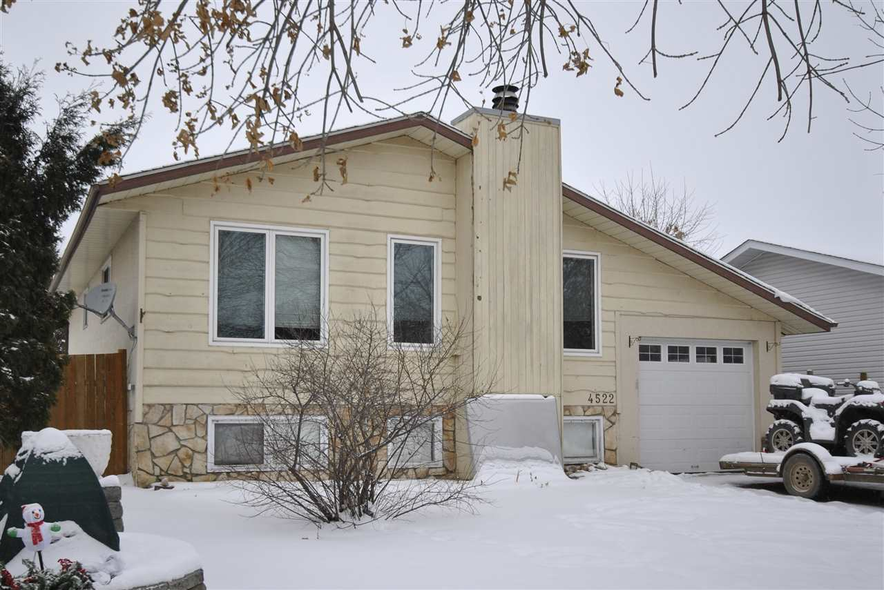 Photo 1: 4522 41A Street in Bonnyville Town: Bonnyville House for sale : MLS(r) # E4059235