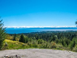 "Main Photo: LOT 4 LEANING TREE Road in Halfmoon Bay: Halfmn Bay Secret Cv Redroofs Home for sale in ""LEANING TREE"" (Sunshine Coast)  : MLS® # R2160345"