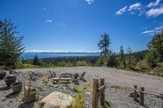 "Main Photo: LOT 4 LEANING TREE Road in Halfmoon Bay: Halfmn Bay Secret Cv Redroofs Home for sale in ""LEANING TREE"" (Sunshine Coast)  : MLS(r) # R2160345"