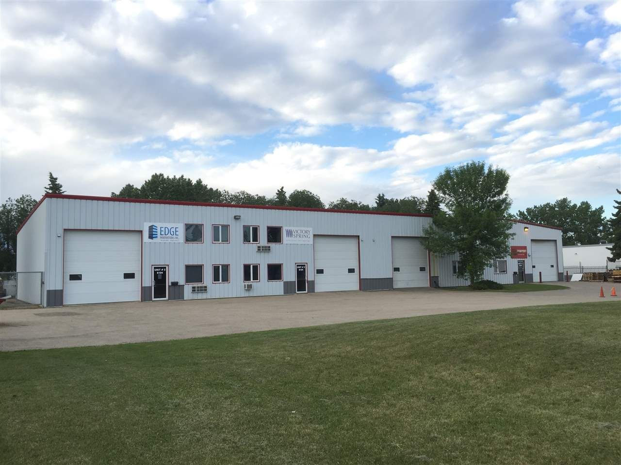 Main Photo: 6104 82 Avenue: Edmonton Industrial for sale : MLS® # E4067263