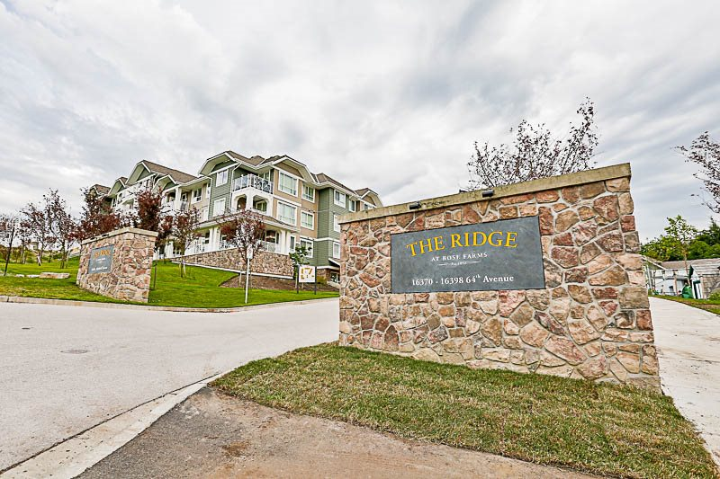 "Main Photo: 413 16398 64 Avenue in Surrey: Cloverdale BC Condo for sale in ""The Ridge at Bose Farms"" (Cloverdale)  : MLS® # R2174646"