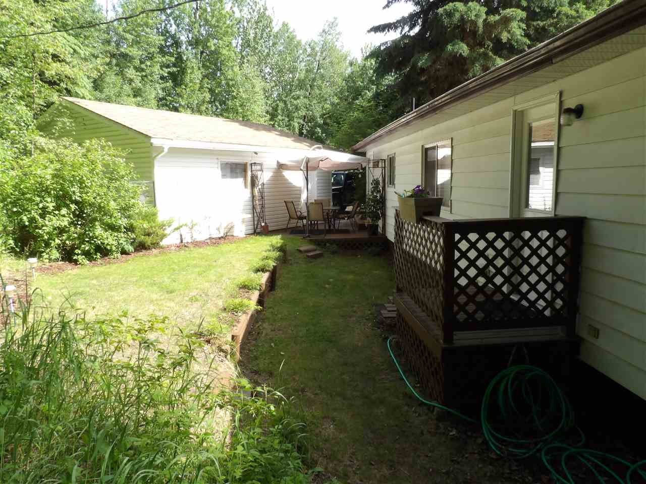 Photo 3: 1401 TWP RD 540 Road: Rural Parkland County House for sale : MLS® # E4068749