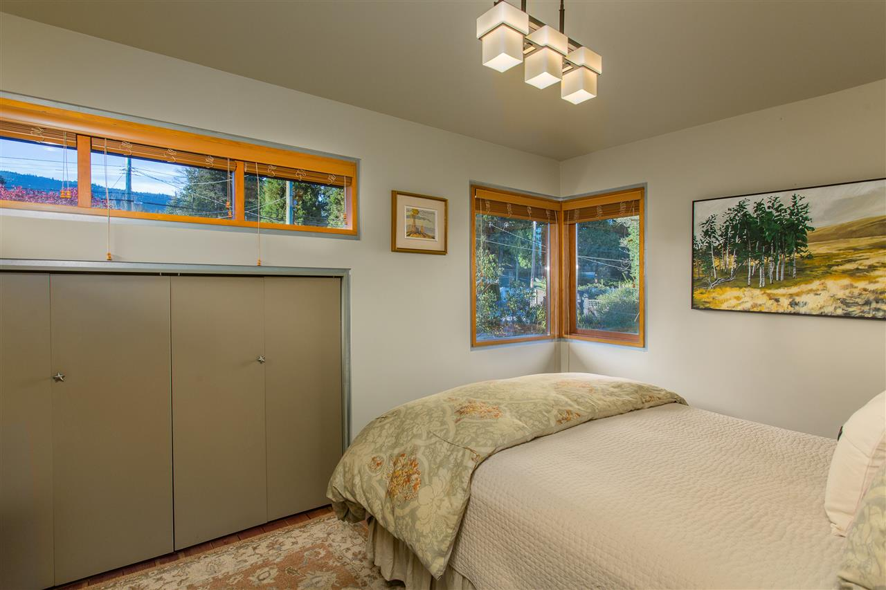 Photo 14: 1388 INGLEWOOD Avenue in West Vancouver: Ambleside House for sale : MLS(r) # R2179093