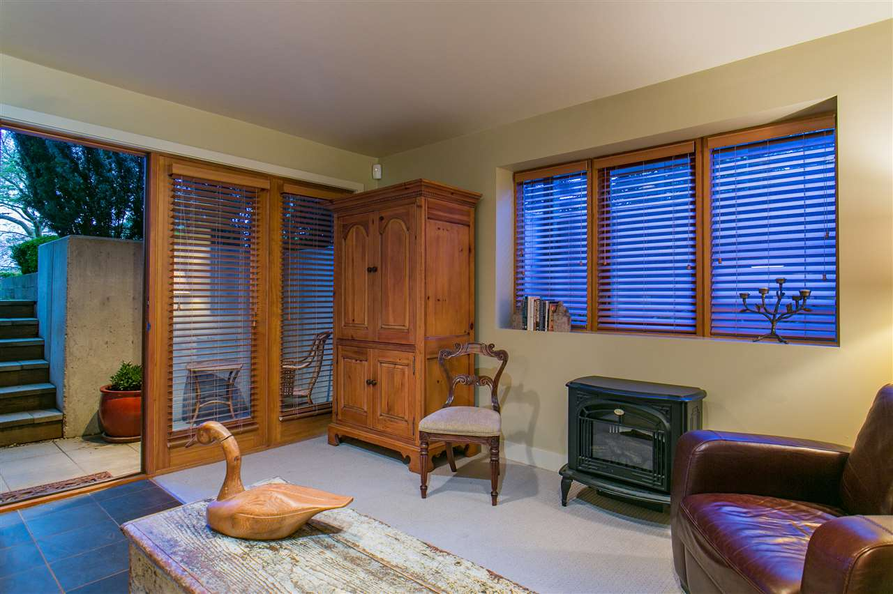 Photo 17: 1388 INGLEWOOD Avenue in West Vancouver: Ambleside House for sale : MLS® # R2179093