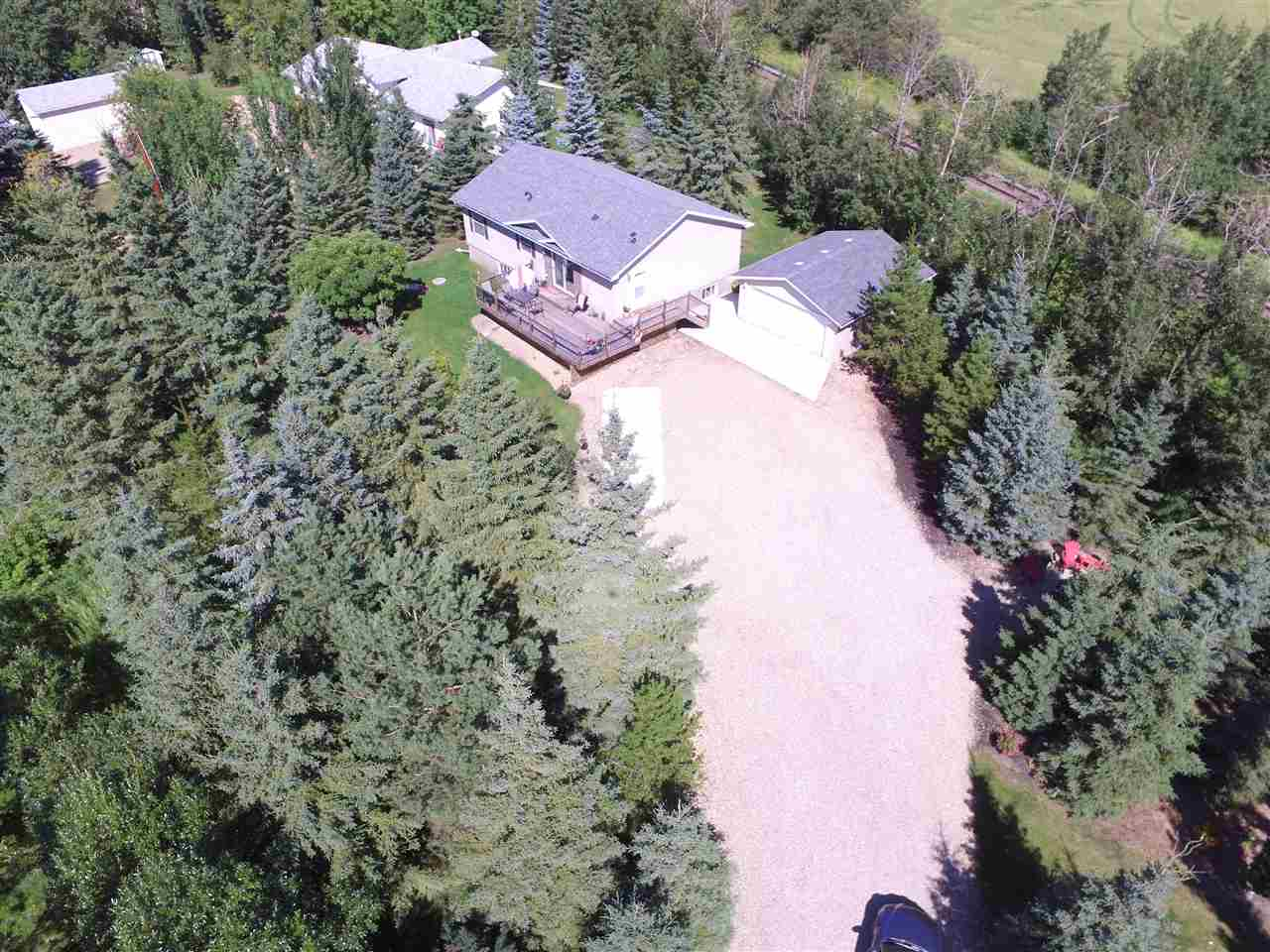 Main Photo: 172 25100 TWP 554: Rural Sturgeon County House for sale : MLS® # E4075695