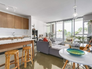 "Main Photo: 306 221 UNION Street in Vancouver: Mount Pleasant VE Condo for sale in ""V6A"" (Vancouver East)  : MLS® # R2208789"