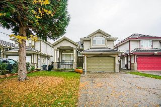 Main Photo: 6341 125A Street in Surrey: Panorama Ridge House for sale : MLS® # R2216303