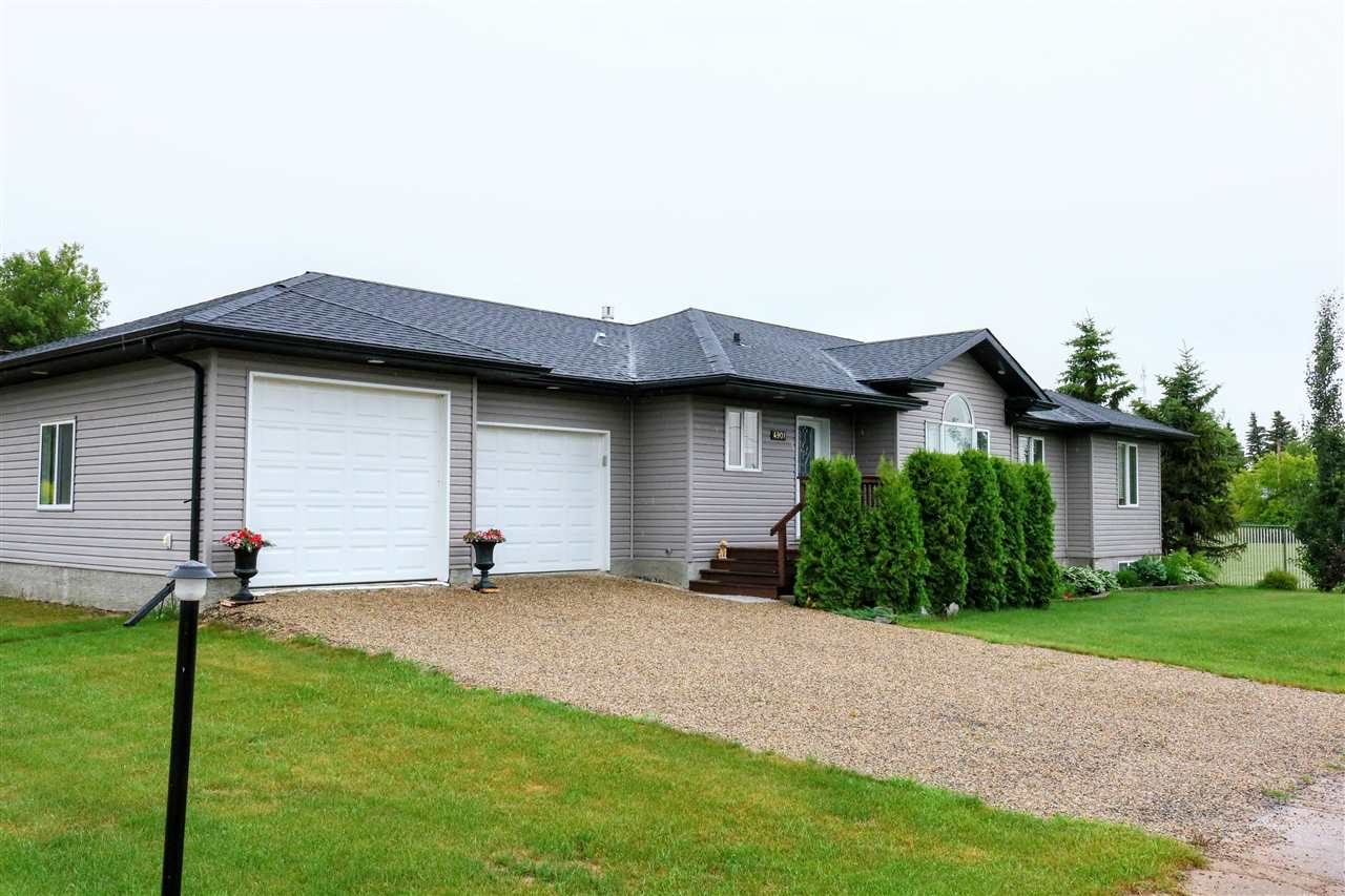 Family sized bungalow (4 bedrooms) with an over sized double attached garage.