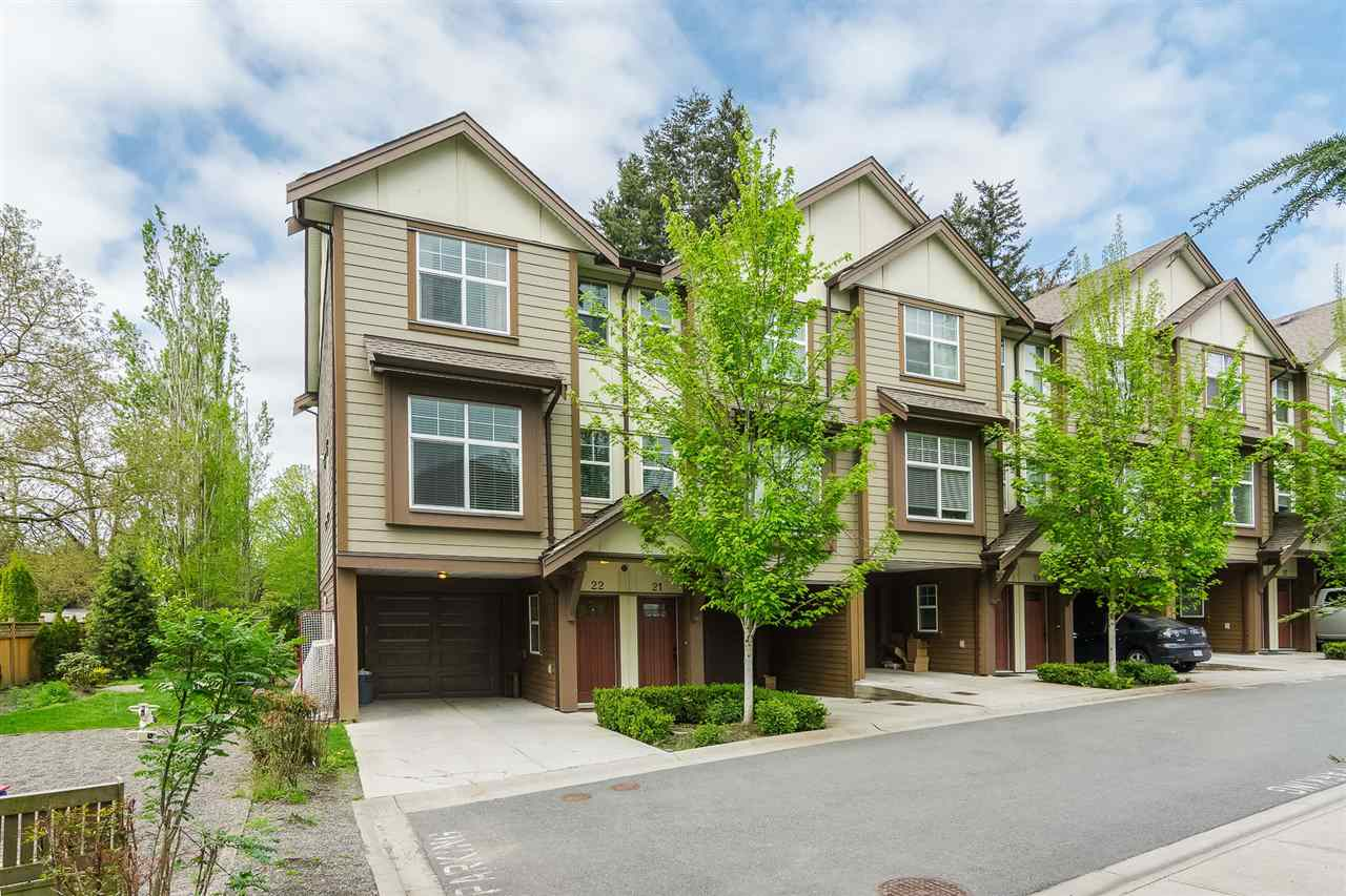 "Main Photo: 22 33860 MARSHALL Road in Abbotsford: Central Abbotsford Townhouse for sale in ""MARSHALL MEWS"" : MLS®# R2290339"