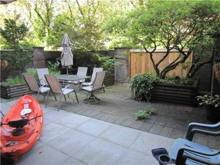"Main Photo: 107 211 W 3RD Street in North Vancouver: Lower Lonsdale Condo for sale in ""Villa Aurora"" : MLS® # V890407"