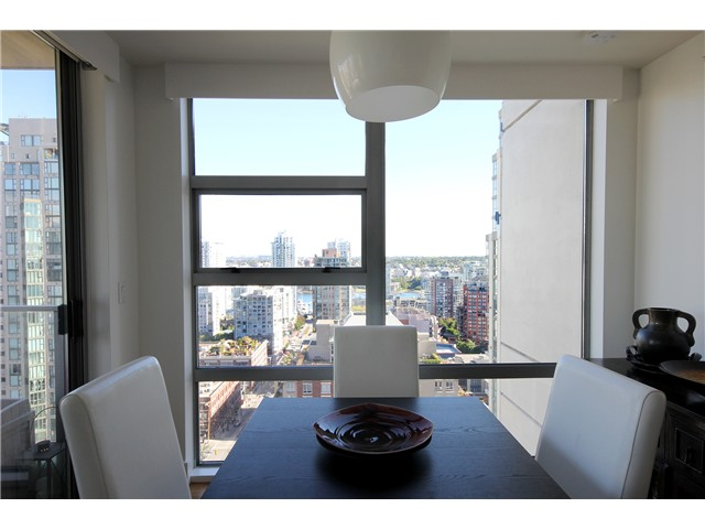 Photo 4: 2202 1225 RICHARDS Street in Vancouver: Downtown VW Condo for sale (Vancouver West)  : MLS® # V971303