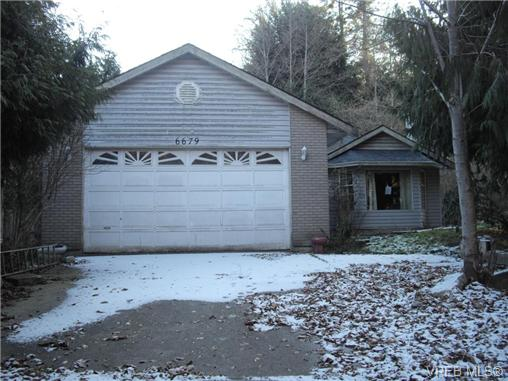 Main Photo: 6679 Woodgrove Place in SOOKE: Sk Broomhill Single Family Detached for sale (Sooke)  : MLS(r) # 331094