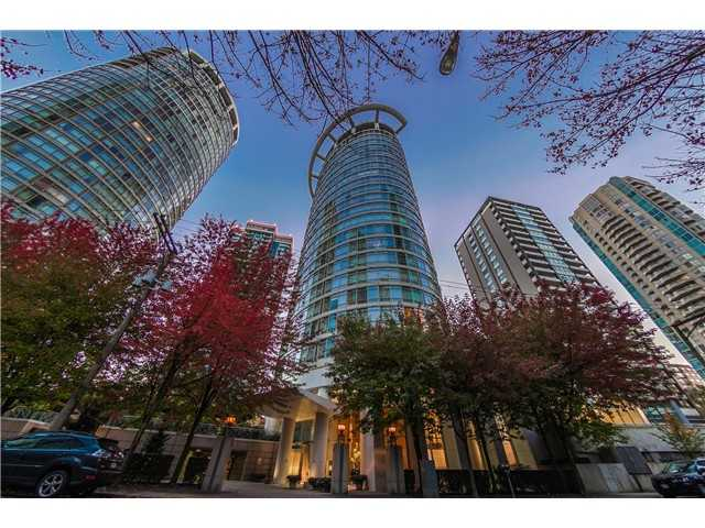 "Main Photo: # 1204 1288 ALBERNI ST in Vancouver: West End VW Condo for sale in ""The Pallisades"" (Vancouver West)  : MLS® # V1042773"