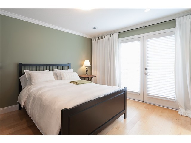 Photo 15: 178 N STRATFORD Avenue in Burnaby: Capitol Hill BN House for sale (Burnaby North)  : MLS® # V1044108