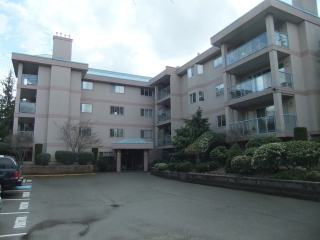 "Main Photo: 201 33110 GEORGE FERGUSON Way in Abbotsford: Central Abbotsford Condo for sale in ""TIFFANY PARK"" : MLS® # F1435132"
